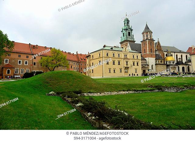 Wawel: Cathedral and gardens, Krakow, Poland