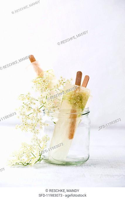 Home-made elderflower ice lollies