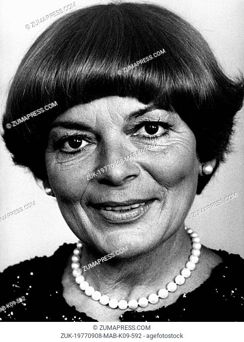 Sep 08, 1977; Zurich, Switzerland; Famous singer LYS ASSIA ('Oh my Daddy') came back to Switzerland for a TV show. (Credit Image: © Keystone Press...