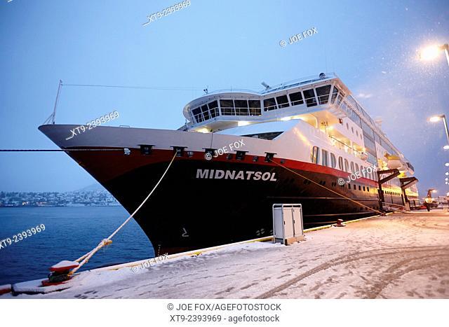 ms midnatsol hurtigruten cruise ship berthed in tromso harbour at night norway europe