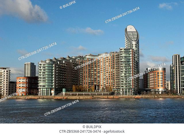 New Providence Wharf and Ontario Tower, a luxury high-rise development overlooking the Thames, Docklands, East London, UK