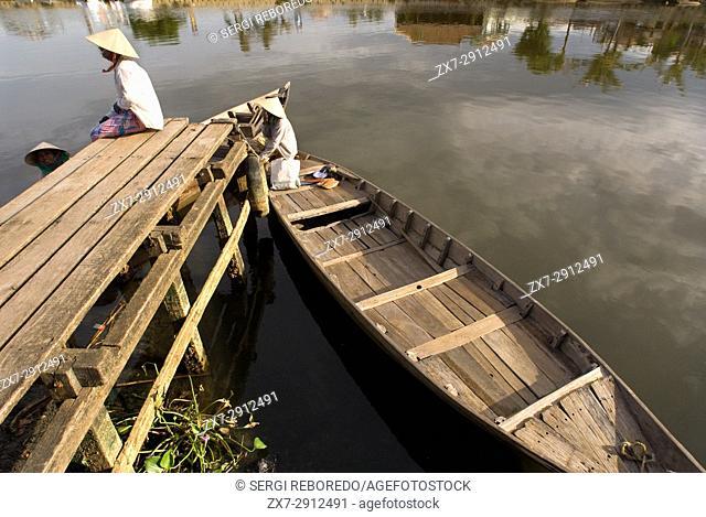 Fishing boats on the Song Thu Bon river, Hoi An, Vietnam, Southeast Asia