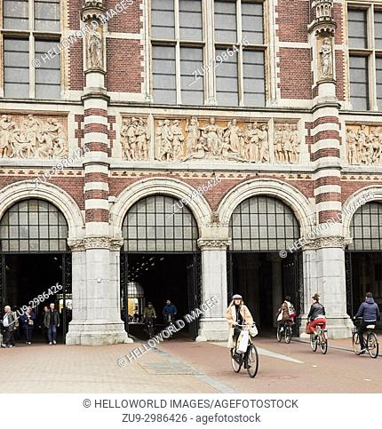 Rijksmuseum by P J H Cuypers (1885), Museumplein (Museum Square), Amsterdam, Holland