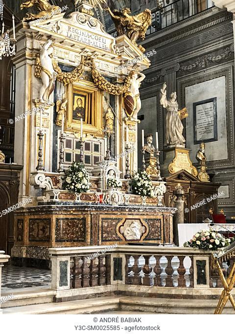 Interior of Basilica Dell'Ara Coeli, Rome, Italy