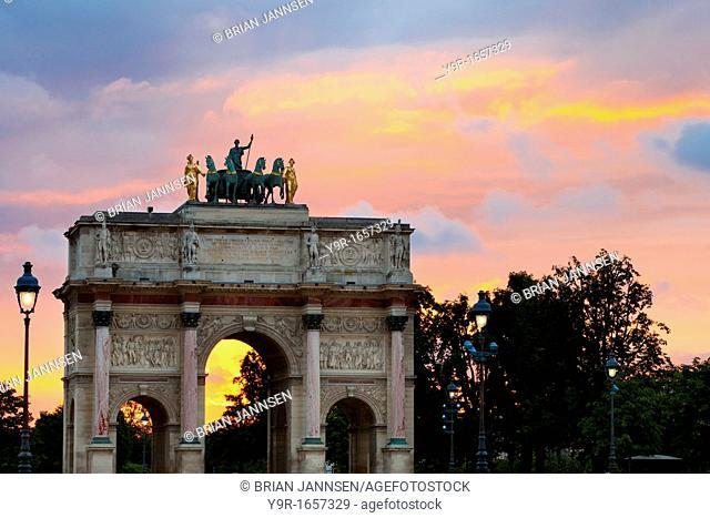 Arc de Triomphe du Carrousel at sunset, Paris France