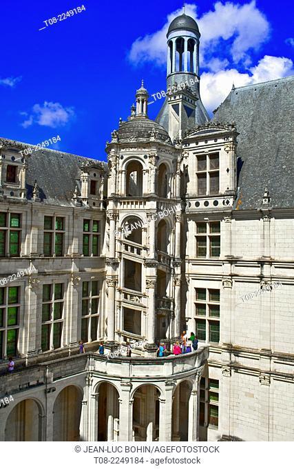 france, loire castles : chambord castle