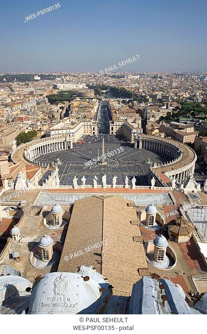Italy, Rome, Vatican City, Saint Peter's Square, seen from Basilica of Saint Peter