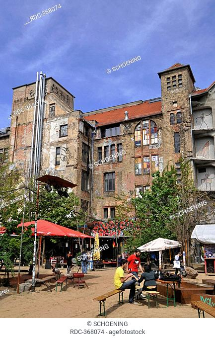 Kunsthaus Tacheles, arts house, center of arts and events, Oranienburger Strasse, Mitte, Berlin, Germany