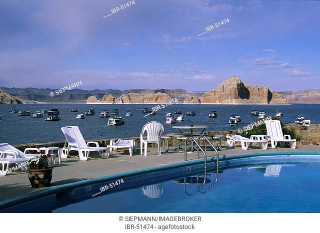 USA Arizona Lake Powell Page Wahweap Marina Lodge Pool