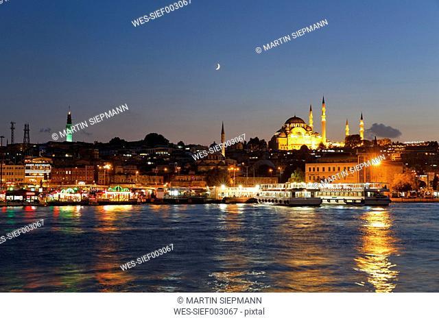 Europe, Turkey, Istanbul, Suleymaniye Mosque at Eminn