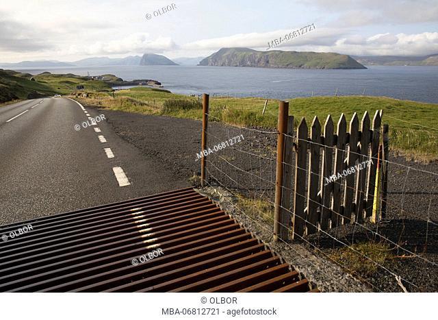Faroes, Sandoy, street, cattle grid