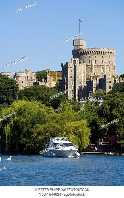 Windsor Castle and the river Thames in England