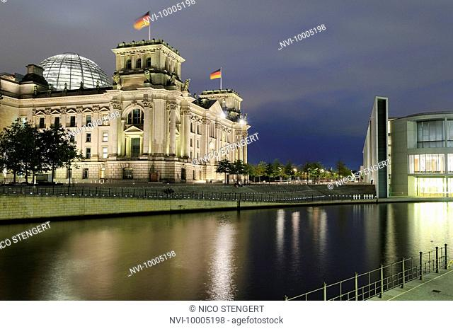 Reichstag building next to Spree River, Berlin, Germany