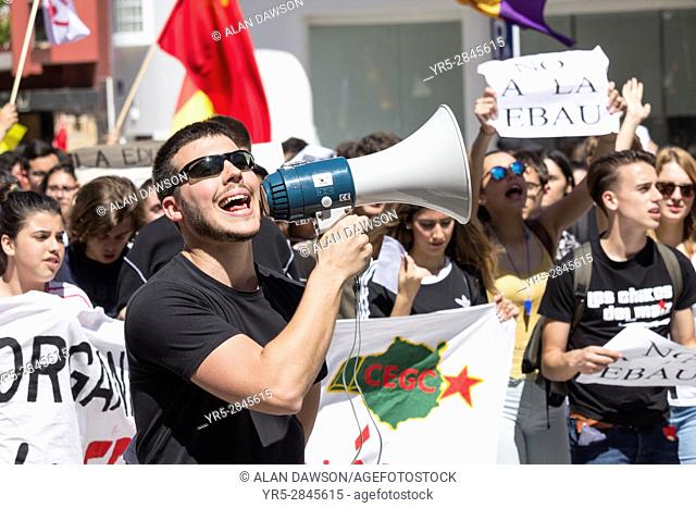 Las Palmas, Gran Canaria, Canary Islands, Spain. 9th March 2017. Spanish students across Spain protest against education reforms and funding