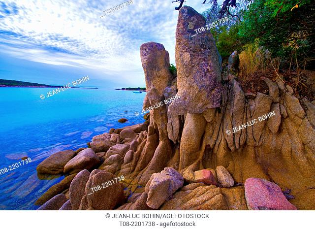france, corsica,south : rocks in arbitro bay