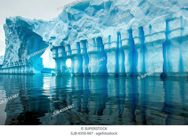 Spectacular Iceberg Resembling a Hand-Carved Ice Castle