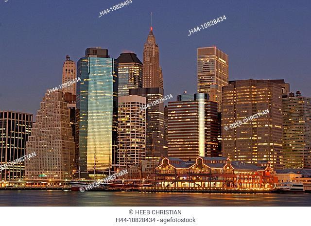 South Street Seaport, harbor, port, at night, night, dusk, twilight, mood, panorama, Financial District, skyline, coas