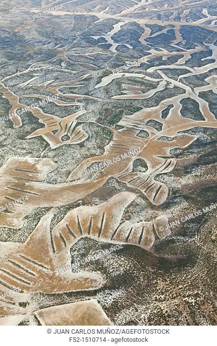 Los Monegros comarca  Agricultural designs  Zaragoza Province, Aragon, Spain, Europe