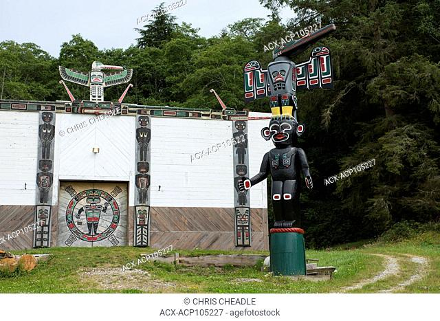 Big House and Totem Poles at Tsatsisnukwomi First Nations Village, also called New Vancouver, Broughton Archipelago, off northern Vancouver Island