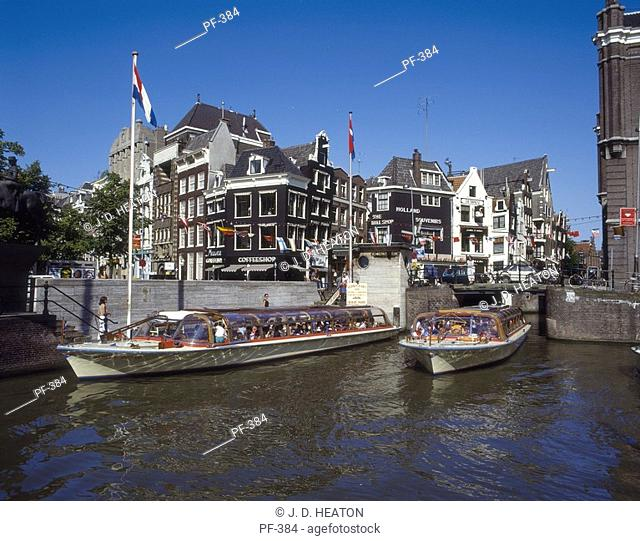 Holland. Amsterdam canal tours