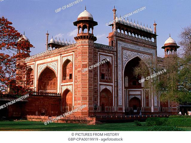 India: The Great Gate (Darwaza-i-rauza) at the Taj Mahal, Agra, Uttar Pradesh
