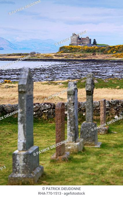 Duart Castle, Isle of Mull, Inner Hebrides, Scotland, United Kingdom, Europe