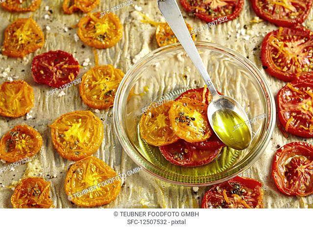 Oven roasted tomatoes with oregano, salt and olive oil