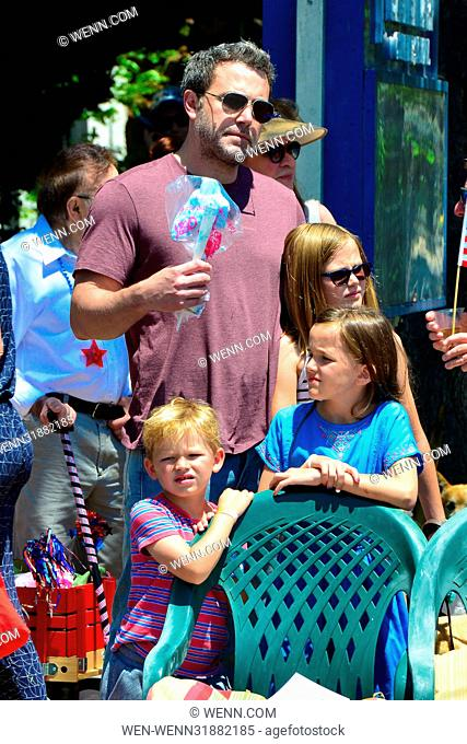 Ben Affleck takes his three children to the Independence Day Parade Featuring: Jennifer Garner, Ben Affleck, Violet Anne Affleck