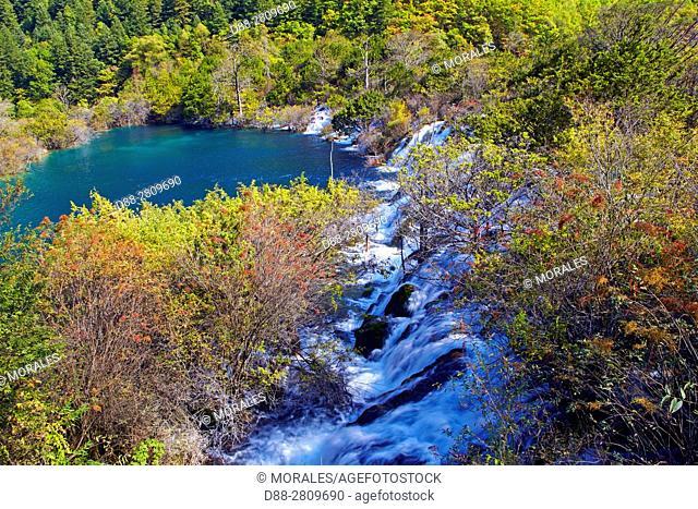 Asia, China, Sichuan province, UNESCO World Heritage Site, Jiuzhaigou National Park, Waterfall, Shuzheng Falls