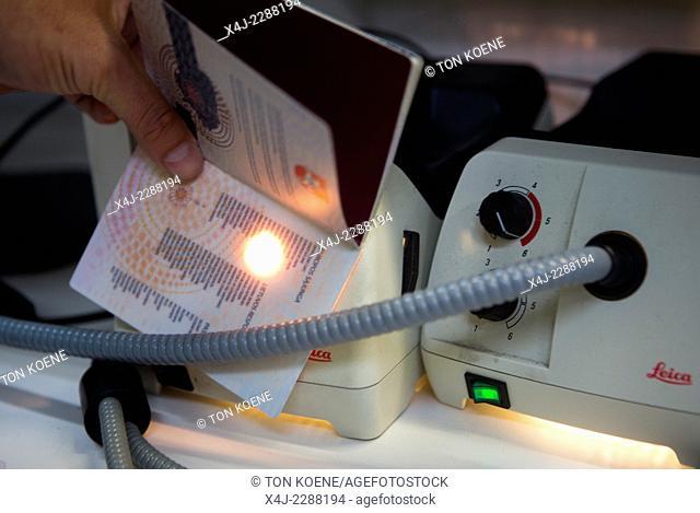 passport control at schiphol airport