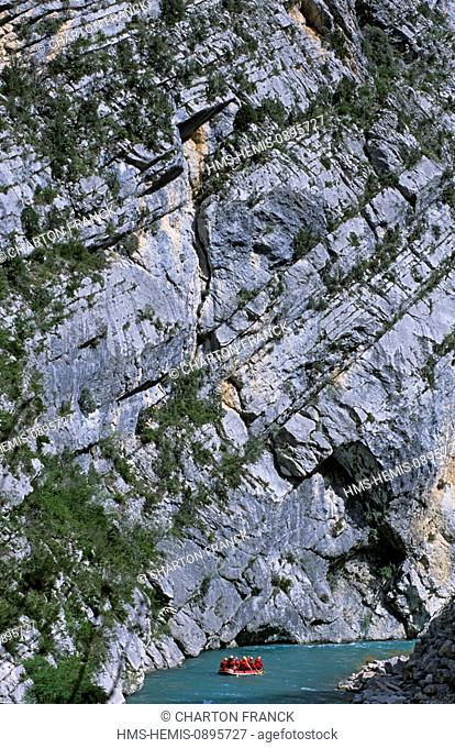 France, Alpes de Hautes Provence, Gorges du Verdon, Castellane, rafting, passage of the Chasteuil narrow