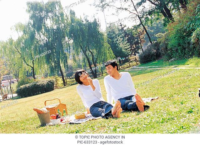 Young Couple Enjoying Picnic,Korea