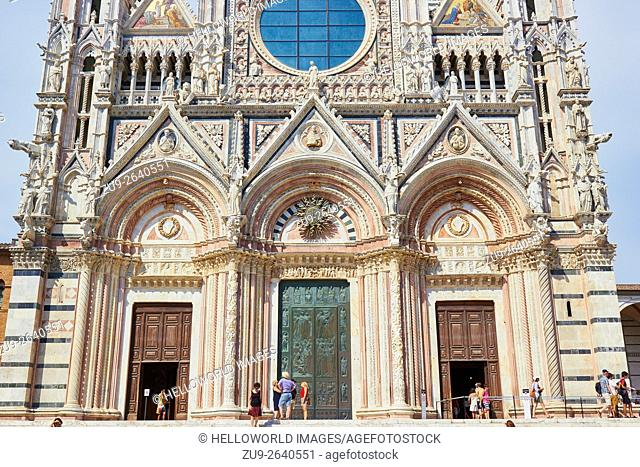 Duomo Di Siena, Tuscany, Italy, Europe. . The Roman Catholic cathedral was completed in 1348, designed by Giovanni Agostini and is in Italian Gothic