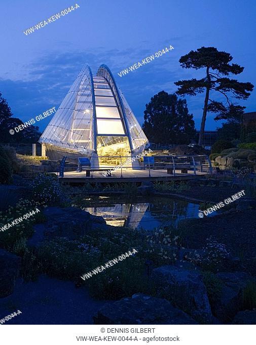 DAVIES ALPINE HOUSE KEW GARDENS, LONDON, UK, WILKINSON EYRE ARCHITECTS, EXTERIOR, DUSK