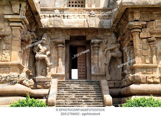 Dwarapala at the southern entrance to the mukhamandapa, Brihadisvara Temple, Gangaikondacholapuram, Tamil Nadu, India. View from South