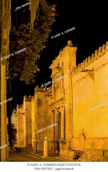 Mesquita Mosque-evening-Cordoba-Spain