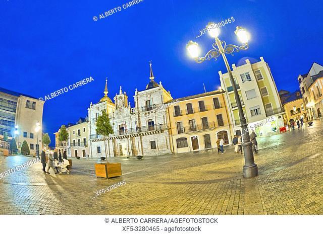Square of the City Hall, Street Scene, Typical Architecture, Old Town, Ponferrada, El Bierzo Region, León Province, Castilla y León, Spain, Europe