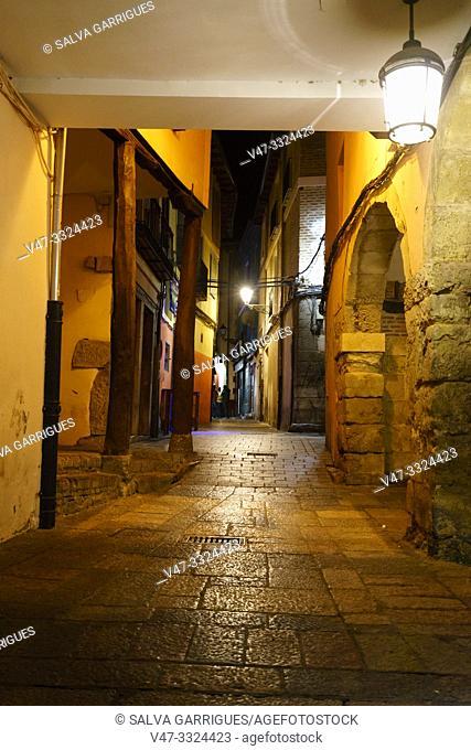 Arcades of the Plaza Mayor de Leon, Castilla y Leon, Spain