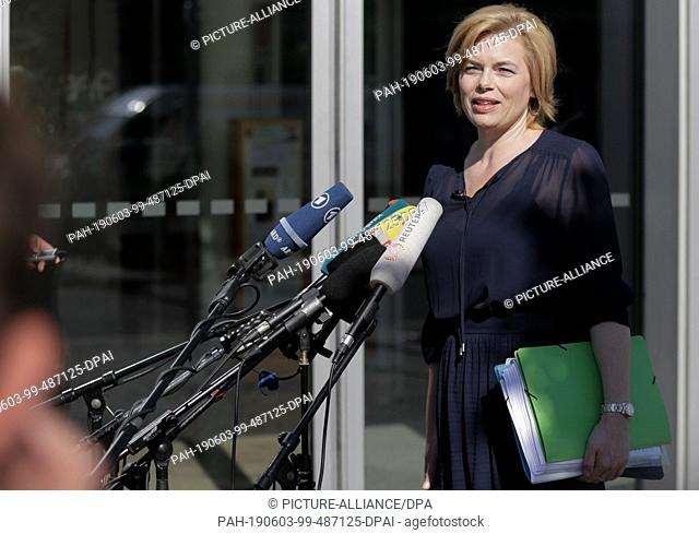 03 June 2019, Berlin: Deputy CDU leader Julia Klöckner comes to the conclusion of the closed meeting of the CDU federal executive
