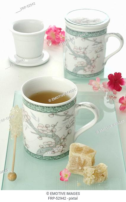 Asian style tea mugs with lids