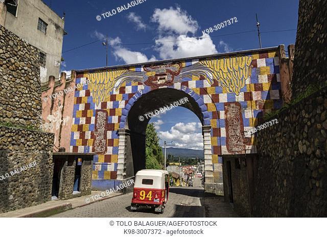 Arco Gucumaz, Santo Tomás Chichicastenango, República de Guatemala, América Central