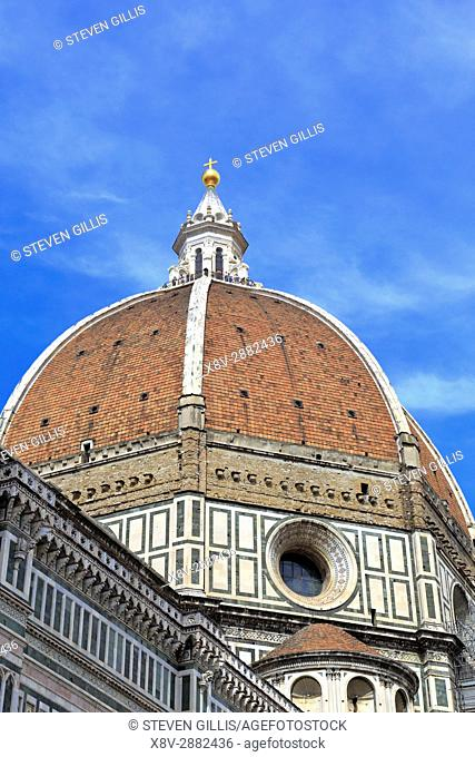Brunelleschi's red-tiled cupola of the Duomo, Santa Maria del Fiore, Florence, Tuscany, Italy, Europe