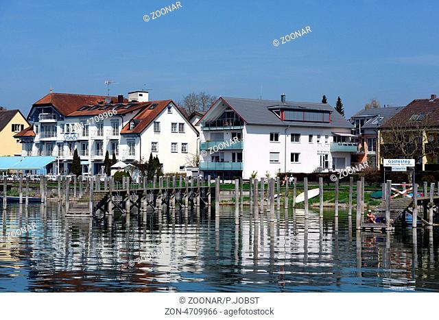 Blick auf die Insel Reichenau im Bodensee / View of Reichenau Island at Lake Constance