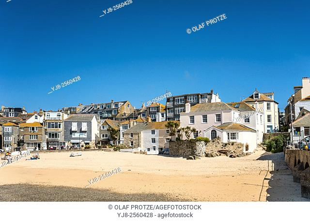Houses at the seafront of St Ives, seen from Smeatons Pier, Cornwall, England, UK