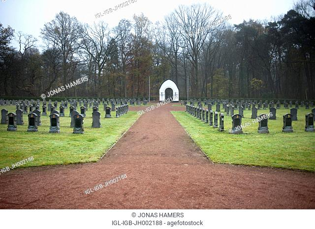 Picture shows the War Military Cemetary of Leopoldsburg