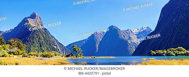 Milford Sound, Mitre Peak, Fiordland National Park, Te Anau, South Island, New Zealand