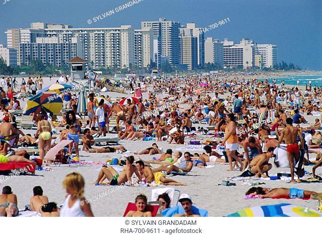Crowded beach, Miami Beach, Florida, USA