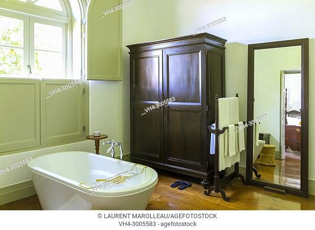 Ensuite Bathroom of Amangalla Hotel (formerly New Oriental), Old Town of Galle and its Fortifications, Southern Province, Sri Lanka, Asia