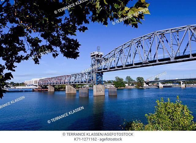 A bridge over the Arkansas river in Little Rock, Arkansas, USA