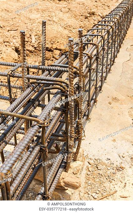 Using steel wire (rebar) for securing steel bars with wire rod (rebar) for reinforcement of concrete or cement